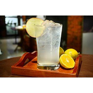 SMIRNOFF SUNSET PEACH™ & Lemonade